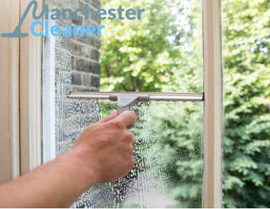 Exterior and interior window cleaning in Manchester
